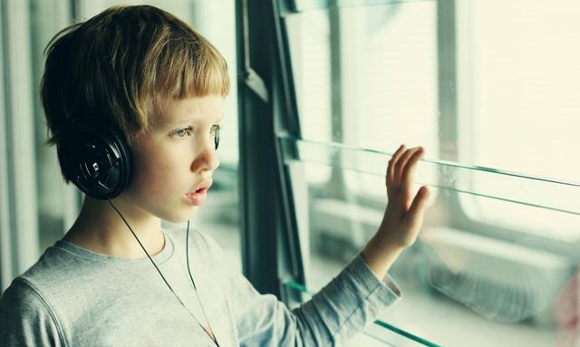 10 עובדות שכל ילד עם אוטיזם היה רוצה שתדעו